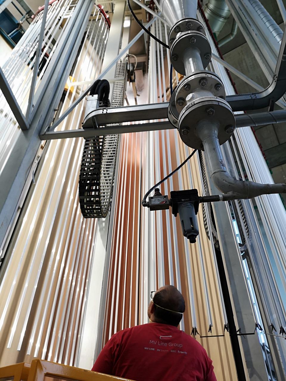 impianto di verniciatura verticale a polvere